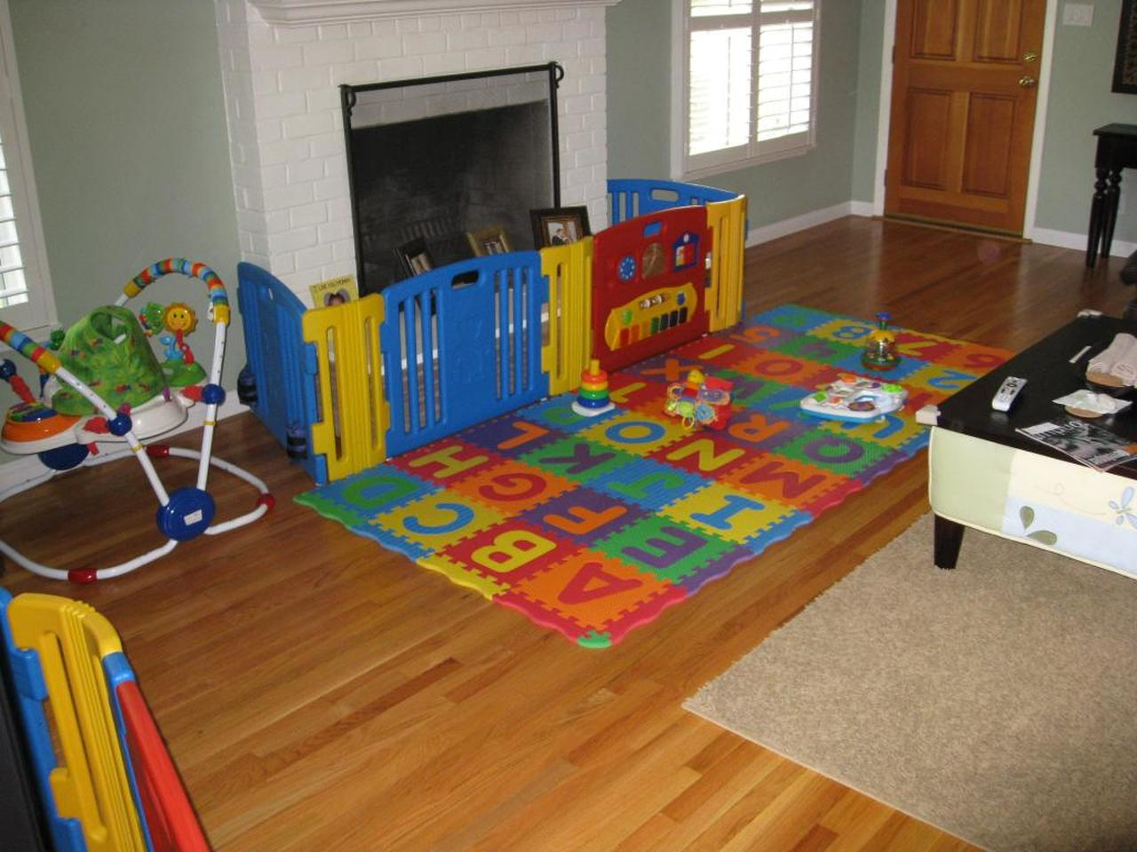 Friendly Toys Little Playzone Safety Indoor Gates